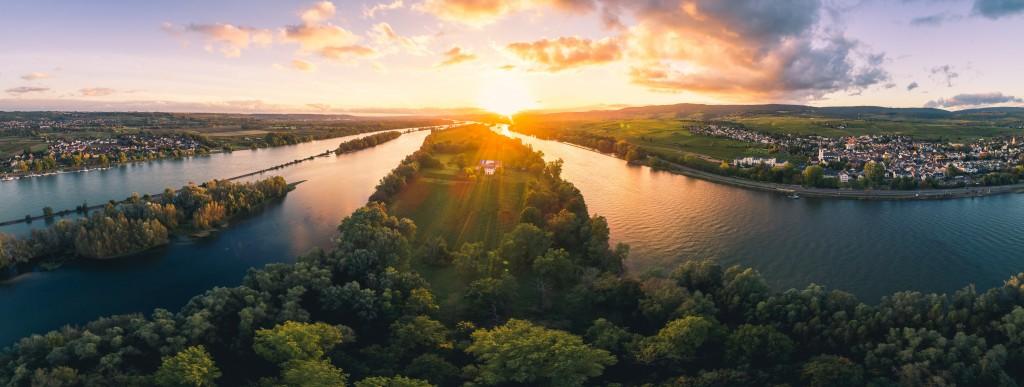Rheingau Landschaft Rheinromantik